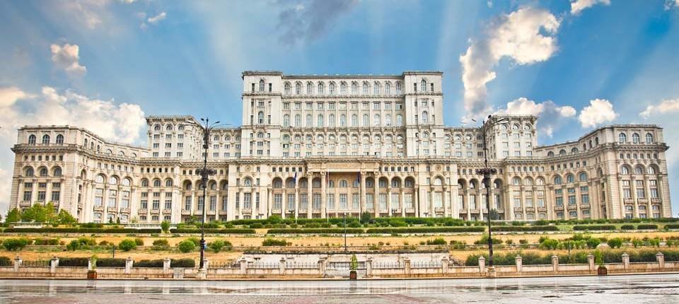 Palatul-Parlamentului-